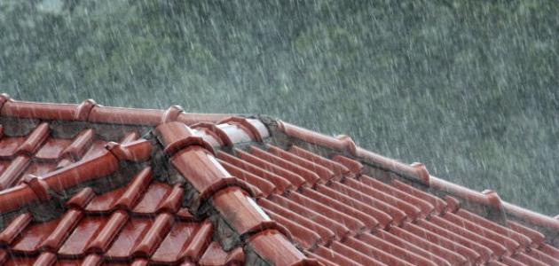 كيف تؤثر الرياح على سقوط المطر