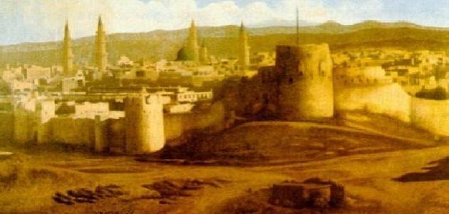 أين تأسست أول دولة للمسلمين