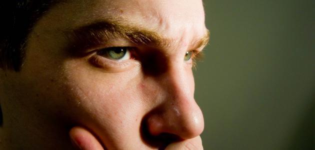 كيف أتحكم بتعابير وجهي