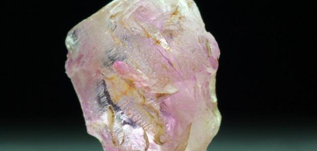 كيف أعرف حجر الزمرد الأصلي