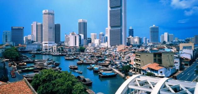 كيف تطورت سنغافورة