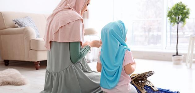كيف تصلي المرأة صلاة العيد في البيت