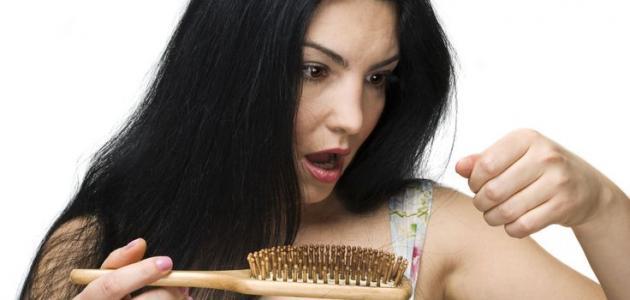 اسباب تساقط الشعر بغزارة