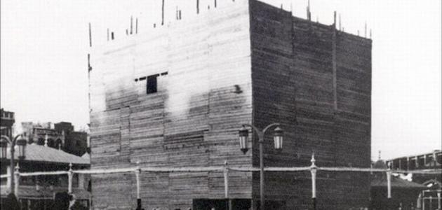 تاريخ بناء الكعبة
