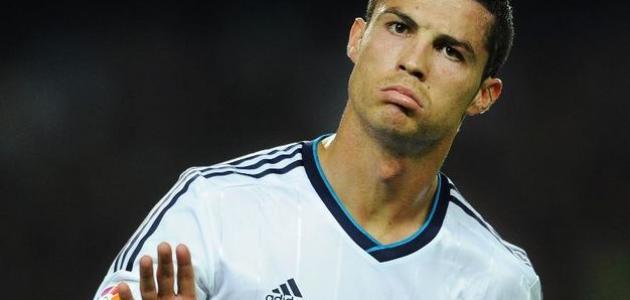 أشهر لاعبي كرة القدم