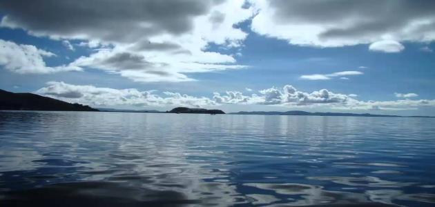 أعمق بحيرة في العالم