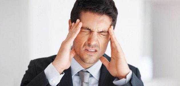 الصداع سبب ارتفاع ضغط الدم من الصداع