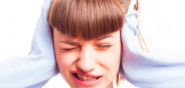 علاج طنين الأذن بالثوم