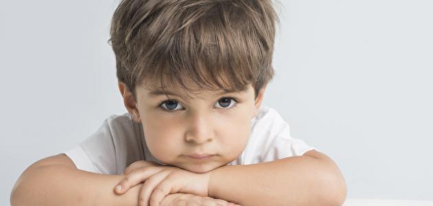 أسباب تأخر الكلام عند الأطفال وعلاجه