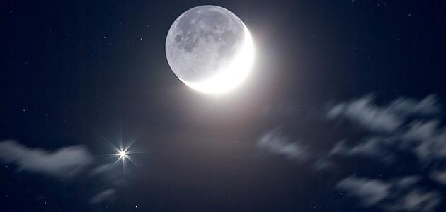 كلام جميل عن القمر