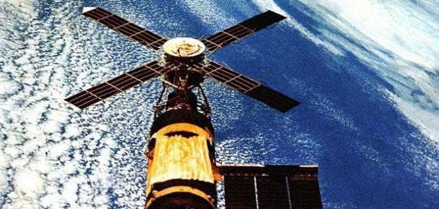 أنواع الأقمار الصناعية