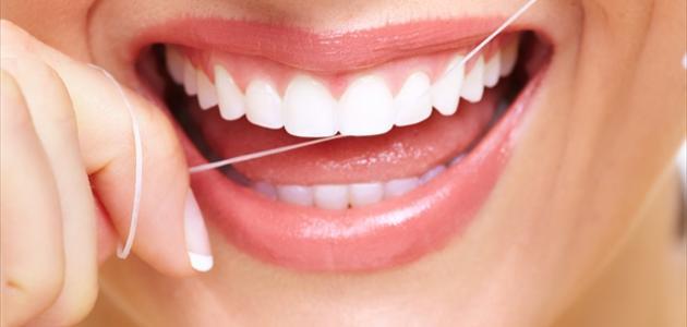 كيفية التخلص من رائحة الفم الكريهة نهائياً