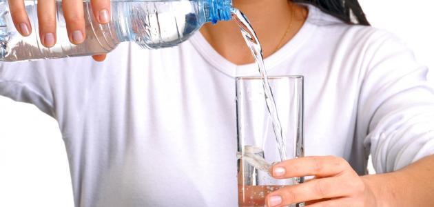أهمية شرب الماء خلال شهر رمضان