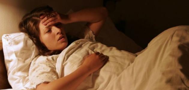 أسباب التعرق الشديد أثناء النوم