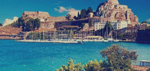 جزيرة في البحر المتوسط