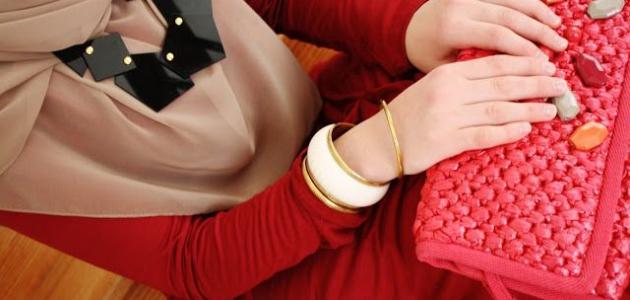1bebe3001 تنسيق ألوان الملابس للنساء - موضوع