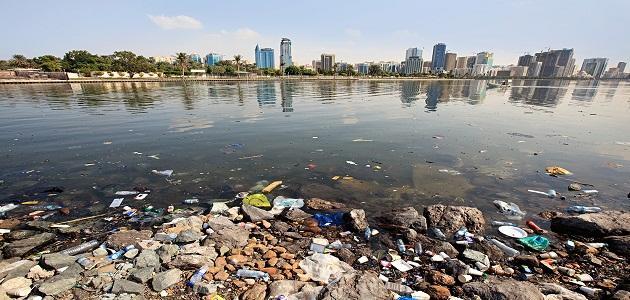 تلوث مياه البحر موضوع