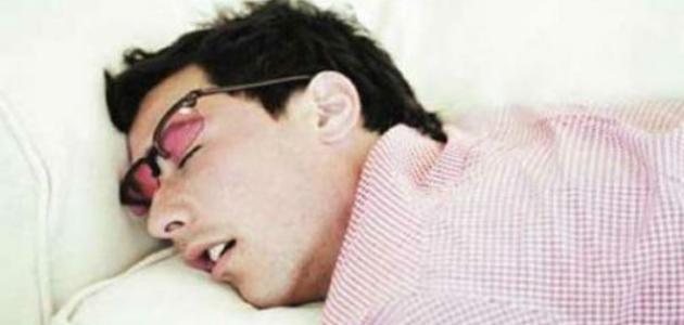 أسباب كثرة النوم وعلاجه