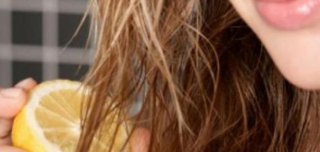 إزالة الصبغة عن الشعر بطريقة طبيعية