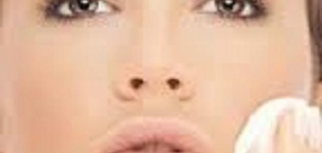طرق لإخفاء عيوب الوجه