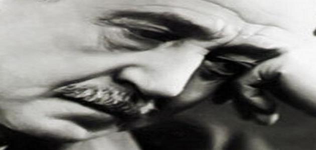 بحث عن الشاعر أحمد شوقي