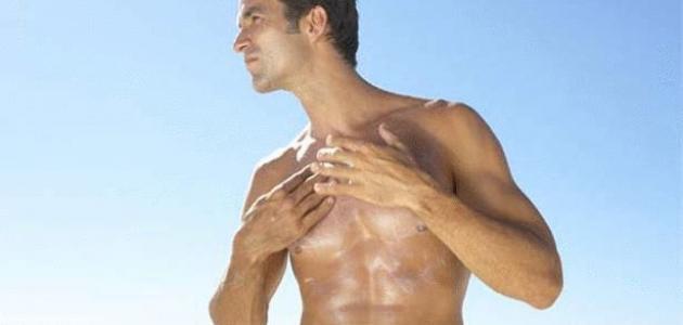 كيف تؤثر الشمس على الجلد