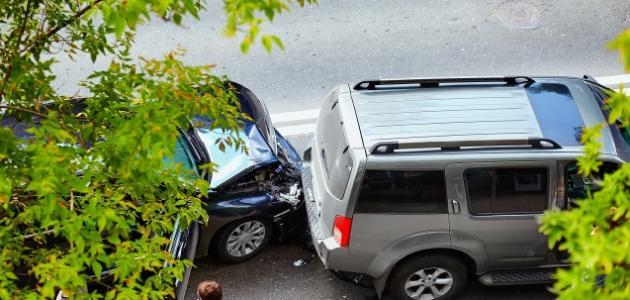 أسباب حوادث السيارات