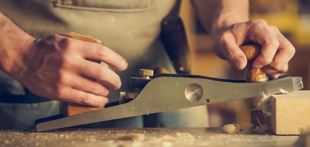 أدوات النجارة اليدوية