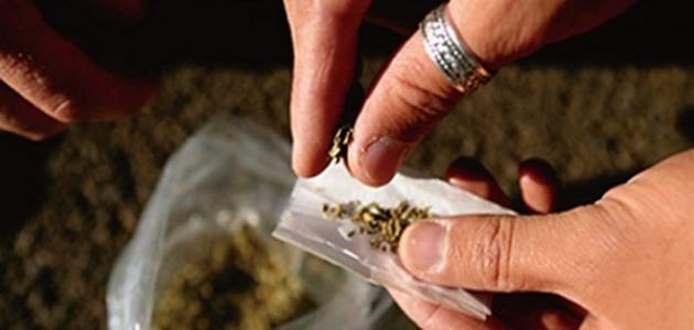 بحث حول التدخين والمخدرات