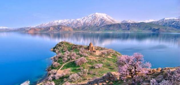بحيرة سيفان الرائعة
