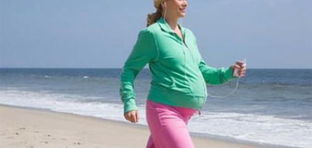 فوائد المشي للحامل في الشهر التاسع
