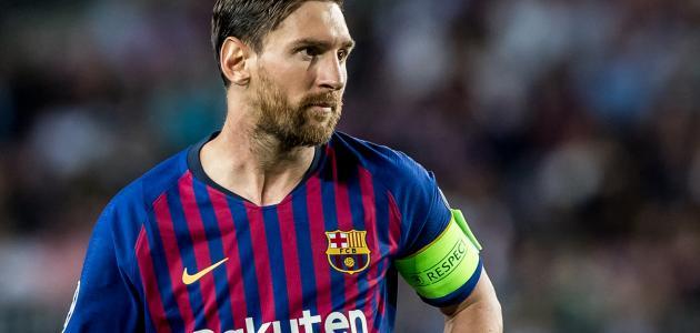 من هو أفضل لاعب كرة قدم في العالم