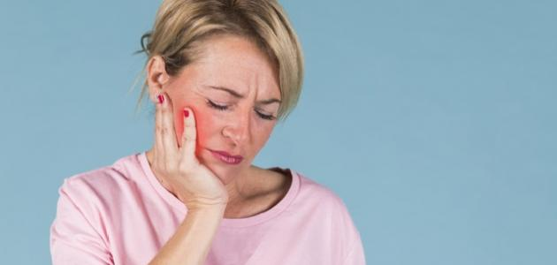 أسباب خراج الأسنان