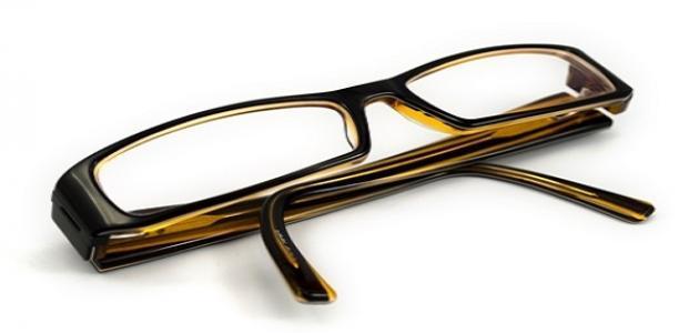 كيف أنظف نظارتي
