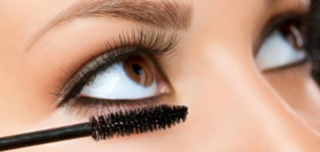 طريقة مكياج العيون