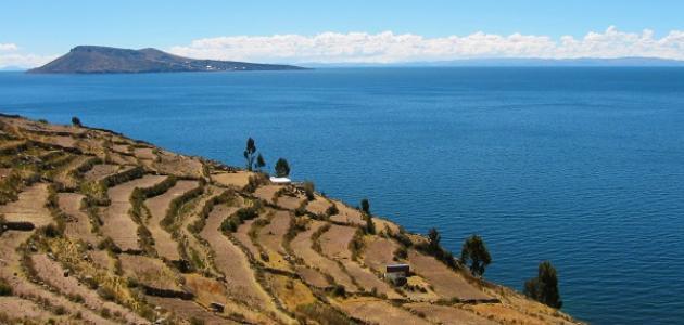 بحيرة تيتيكاكا الرائعة