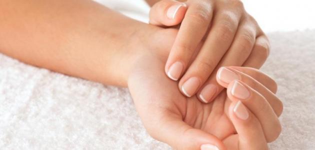 طريقة تبييض اليدين