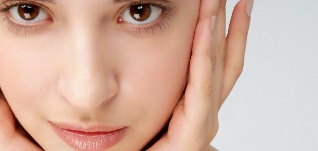 طريقة لإزالة شعر الوجه