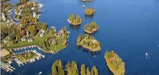 عدد جزر أندونيسيا