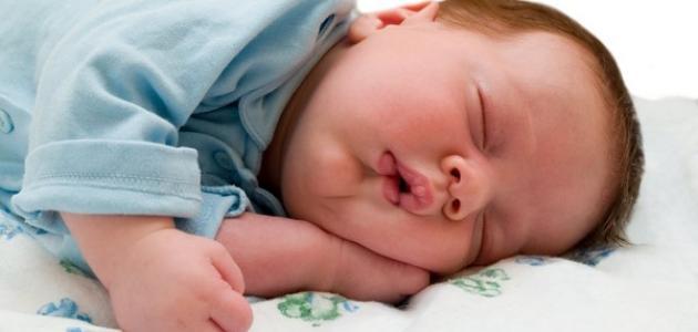 عدد ساعات نوم الطفل