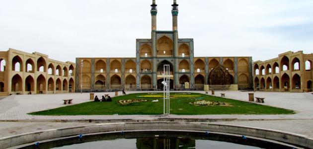 مدينة إيرانية في محافظة يزد