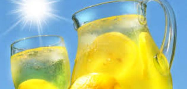 فوائد عصير الليمون على الريق