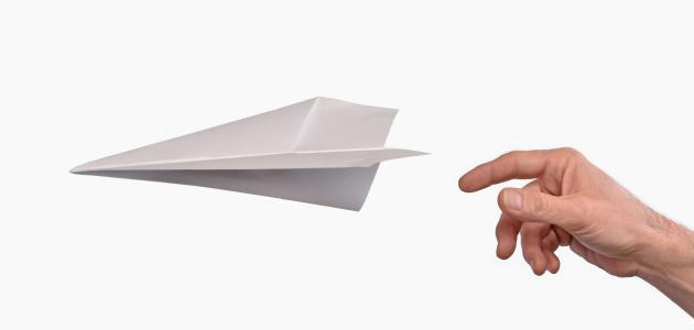 عمل طائرة ورقية