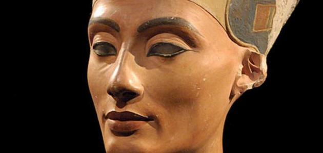 من هي زوجة فرعون