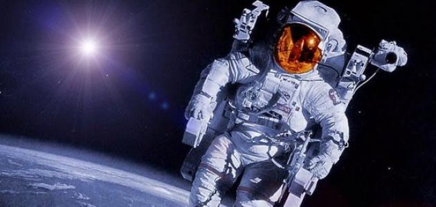 من هو أول رائد فضاء