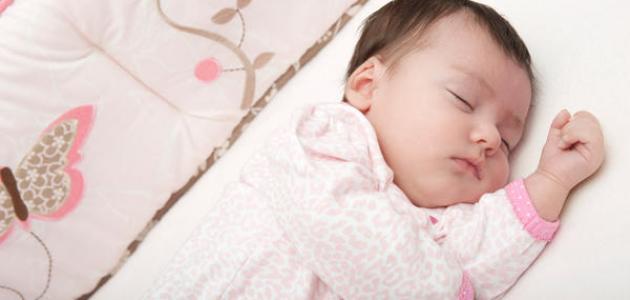 كيف أضبط نوم طفلي الرضيع
