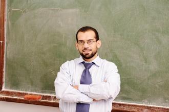 شعر عن المعلم