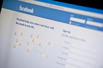 طريقة عمل صفحة على الفيس بوك